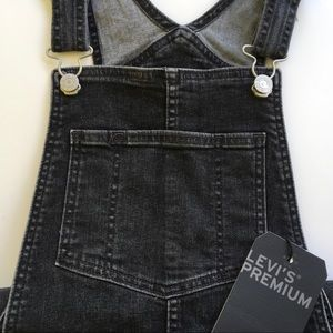 NEW Levi's Premium Black Skinny Overalls Size 27